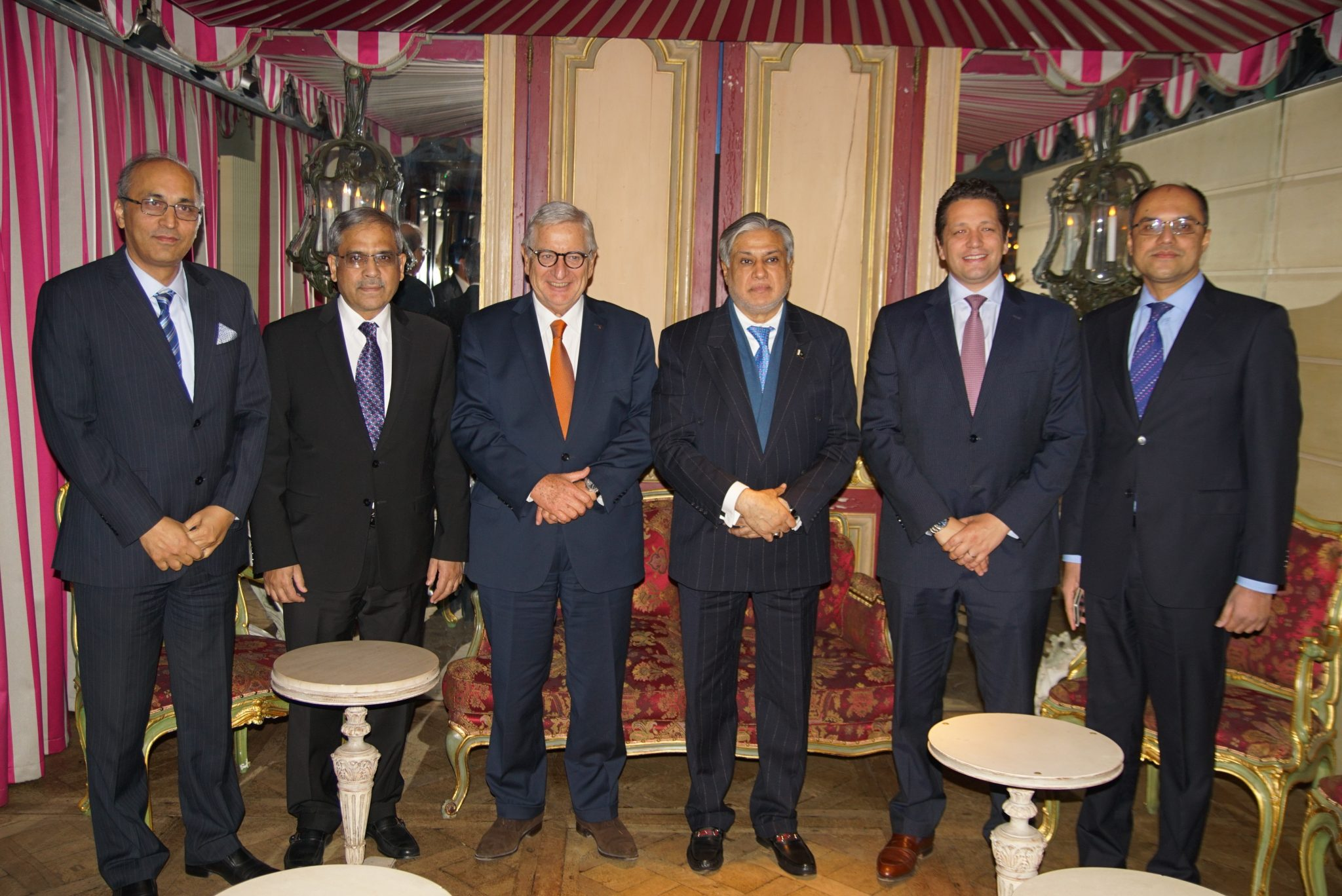 senator-mohammad-ishaq-dar-meeting-with-mr-bernard-cambier-renault